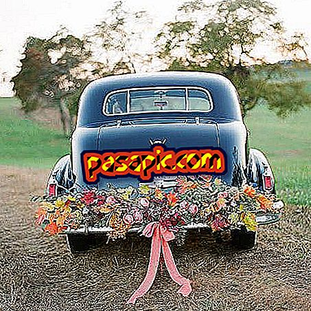 How to decorate the wedding car
