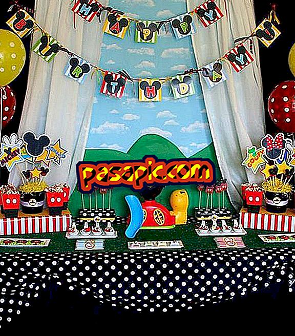 Bagaimana untuk membuat pesta Mickey Mouse