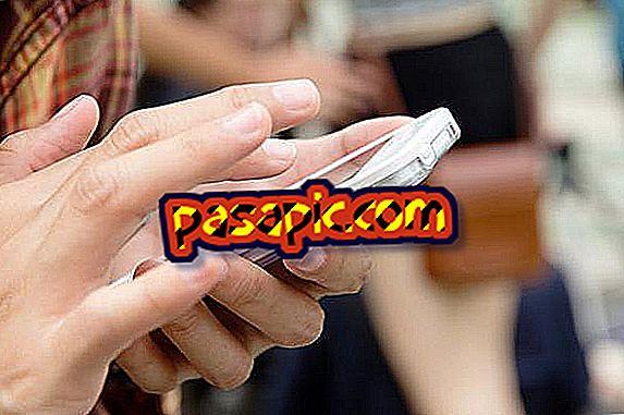 मोबाइल की स्क्रीन से खरोंच को हटाने के लिए ट्रिक्स