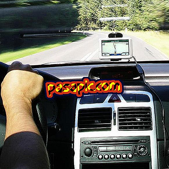 Come cambiare l'ora sul TomTom GPS - elettronica