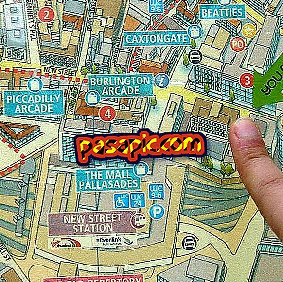 Kako slediti mobilniku in prikazati točno lokacijo