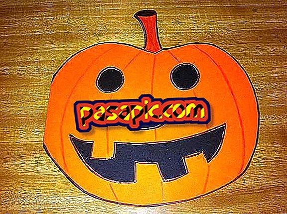 Bagaimana untuk membuat jemputan Halloween untuk labu