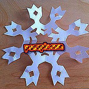 Hogyan készítsünk nyolcpontos papír hópehely