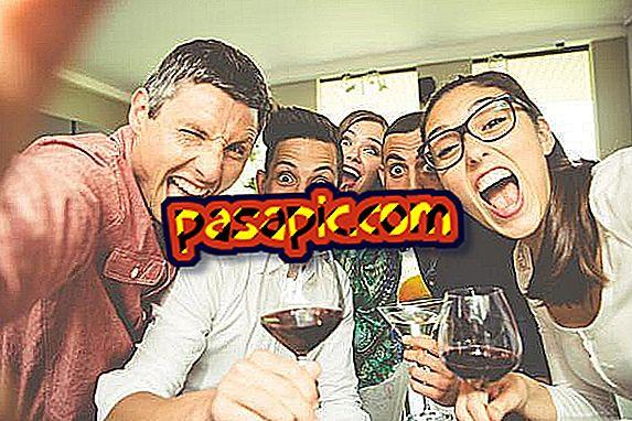 Најбољих 8 игара за пиће са пријатељима