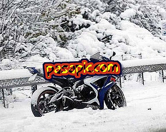 Come guidare una moto con la neve