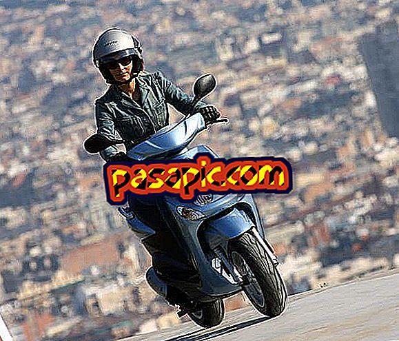 Kako obnoviti licenco za moped - motorna kolesa