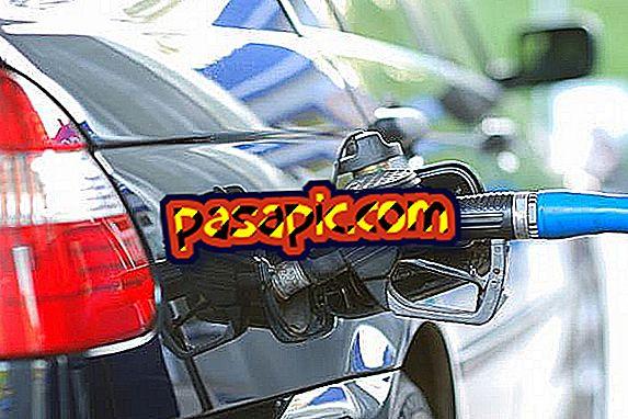 كيفية إزالة رائحة البنزين من السيارة