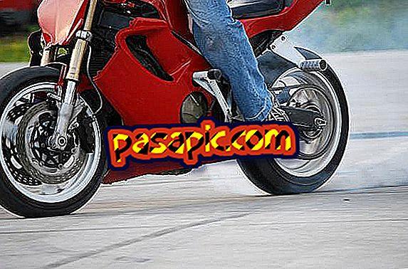 Cosa fare se la mia moto perde olio - riparazione e manutenzione di motocicli