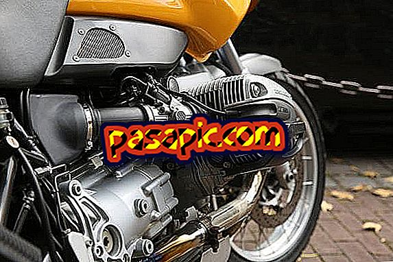 How to tighten the chain of my motorcycle - repair and maintenance of motorcycles