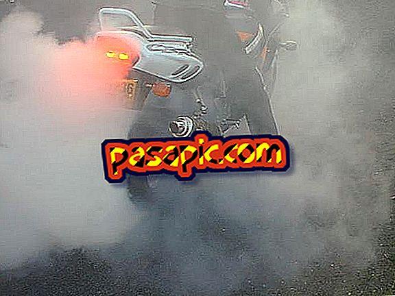 Perché la mia moto sta fumando molto - riparazione e manutenzione di motocicli