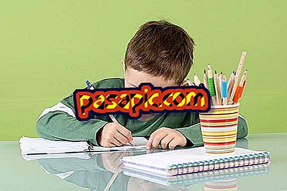 Come aiutare mio figlio a fare i compiti - sii padre e madre